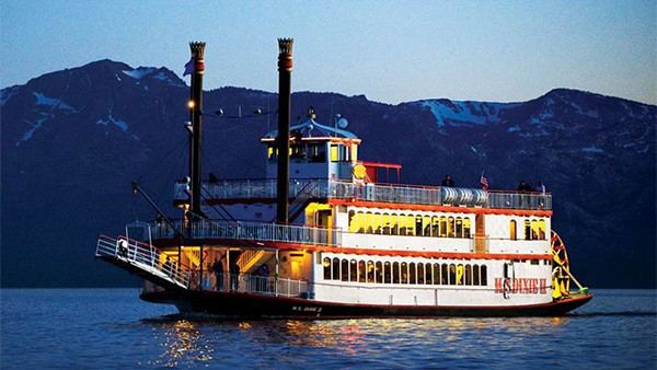 ms-dixie-ii-with-lights-Lake-Tahoe-Cruises-Steamboat